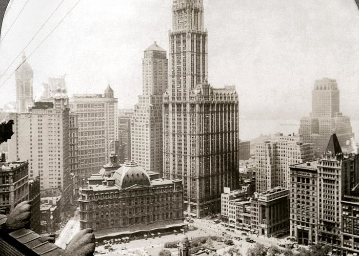 1920s Greeting Card featuring the photograph Woolworth Building, 1920s by Granger