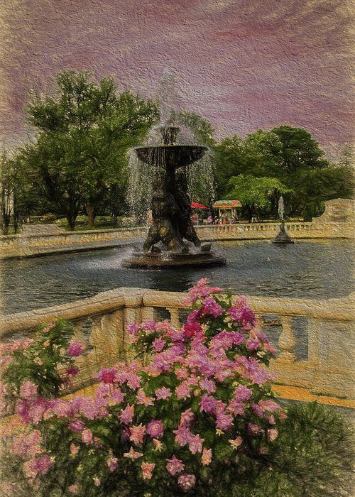 Detroit Zoo Fountain Greeting Card featuring the photograph Zoo Fountain 2 by Melvin Busch