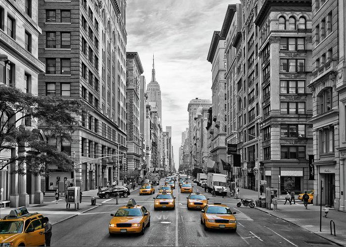 Fifth Avenue Greeting Card featuring the photograph 5th Avenue Nyc Traffic by Melanie Viola