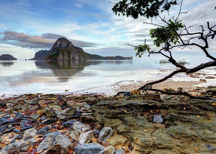 Water's Edge Greeting Card featuring the photograph Beautiful El Nido Landscape by Vuk8691