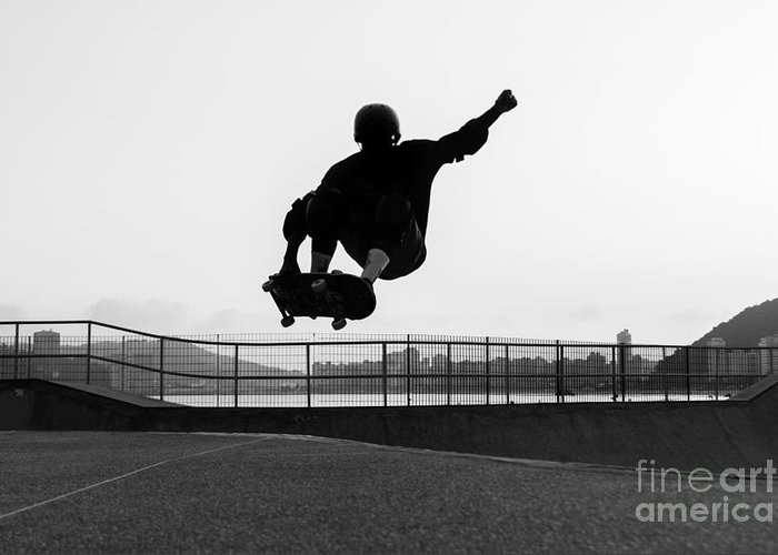 Knee-pad Greeting Card featuring the photograph Skateboarder Jumping In A Bowl Of A by Will Rodrigues