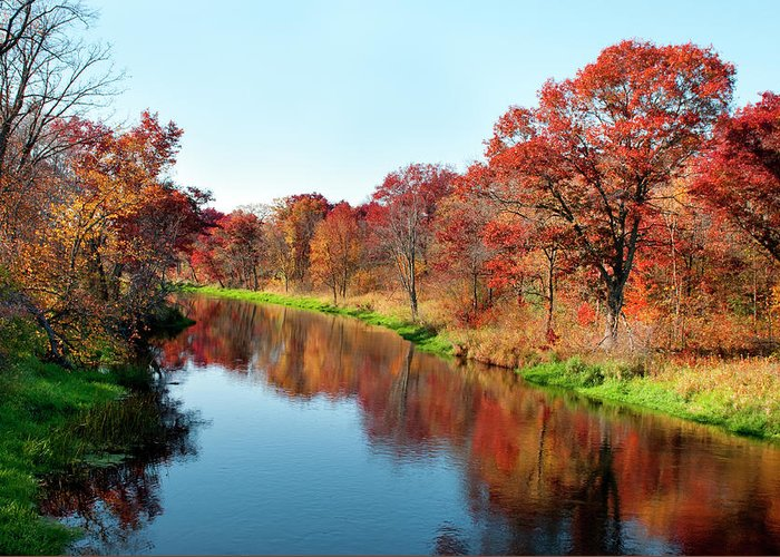 Water's Edge Greeting Card featuring the photograph Autumn In Wisconsin by Jenniferphotographyimaging
