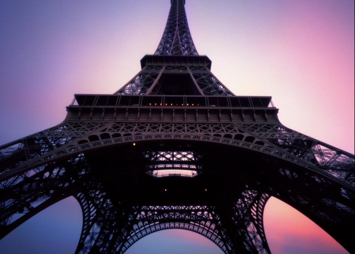 Arch Greeting Card featuring the photograph Eiffel Tower At Sunset by Zeb Andrews