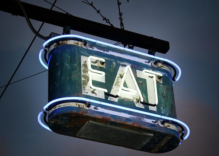 Hanging Greeting Card featuring the photograph Neon Eat Sign by Kjohansen