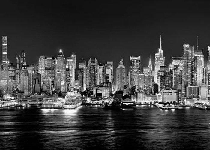 New York City Nyc Skyline Midtown Manhattan At Night Black And White