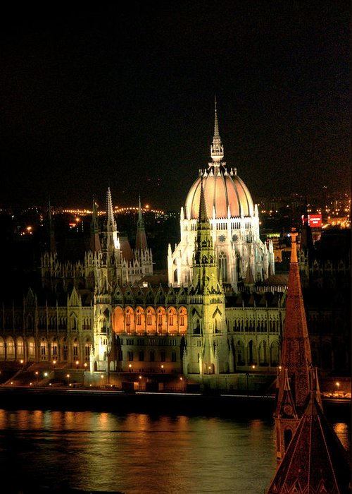 Hungarian Parliament Building Greeting Card featuring the photograph Parliament Building Lit Up At Night by Roberto Herrero Garcia