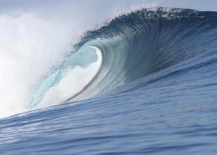 Spray Greeting Card featuring the photograph Perfect Wave by Reniw-imagery