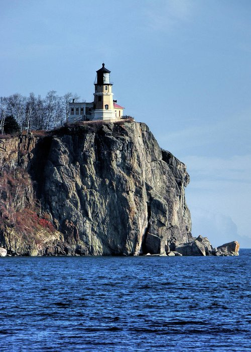 Split Rock Lighthouse Greeting Card featuring the photograph Split Rock Lighthouse by Phyllis Taylor