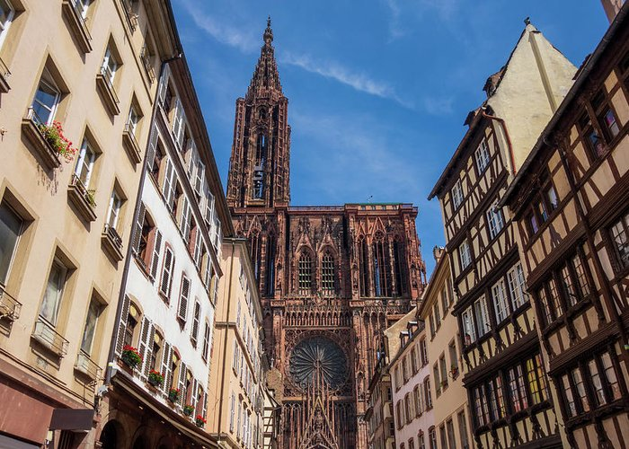 Estrasburgo Greeting Card featuring the photograph The Notre-dame Cathedral In Strasbourg by Vicen Photography