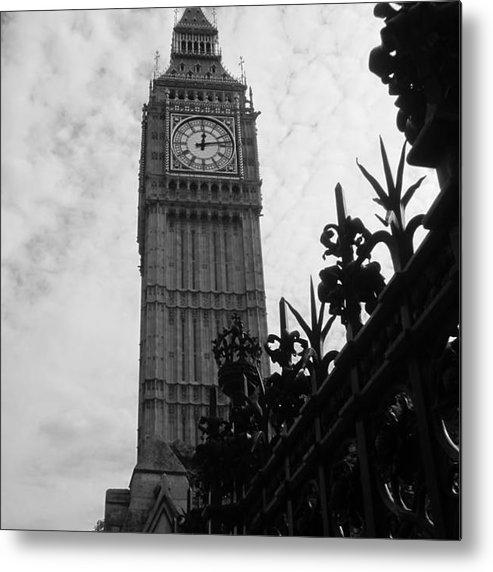 Metal Print featuring the photograph Big Ben by Sharron Cuthbertson