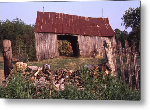 Metal Print featuring the photograph Lloyd Shanks Barn 4 by Curtis J Neeley Jr