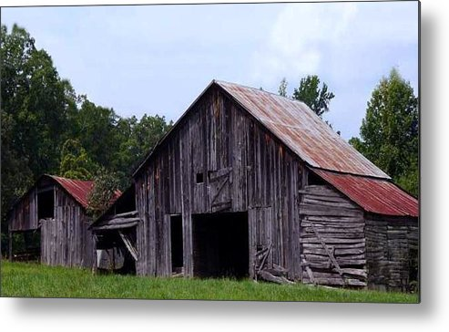 Barn Metal Print featuring the photograph Old Barn by Kenna Westerman