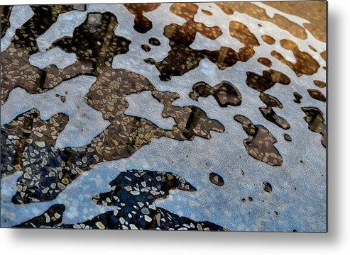 Water Pattern Metal Print featuring the photograph Pattern by Murtaza Saifee