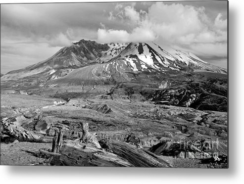 Active Metal Print featuring the photograph Blast Zone by Jim Chamberlain