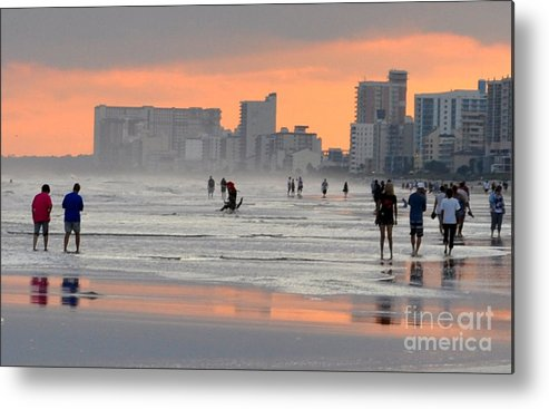 North Myrlte Beach Metal Print featuring the photograph North Myrtle Beach At Sunset by Lydia Holly