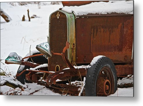 Old Cars Metal Print featuring the photograph Old Rusty by Bill Kolodzieski