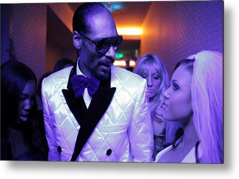 Snoop Dogg Metal Print featuring the digital art Snoop Dogg by Dorothy Binder