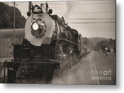 Trains Metal Print featuring the photograph The 1702 At Dillsboro by Richard Rizzo