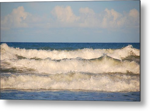 Tide Metal Print featuring the photograph Tide Rolling To The Shores by Susanne Van Hulst