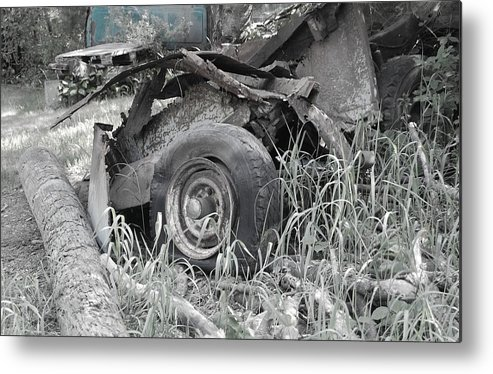 Transportation Metal Print featuring the photograph Rusty Gold by Sharon L Stacy