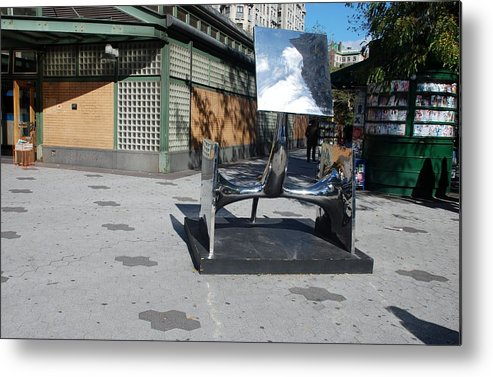 Colors Metal Print featuring the photograph Sculptures On The Corner by Rob Hans