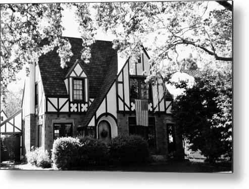 Dutch Manor Metal Print featuring the photograph Dutch Manor by Peggy Leyva Conley