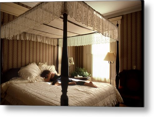 Bed Metal Print featuring the photograph Lay Lady Lay Honeymoon Suite Nantucket by Tony Ramos