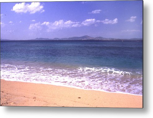 Kinawa Metal Print featuring the photograph Okinawa Beach 16 by Curtis J Neeley Jr