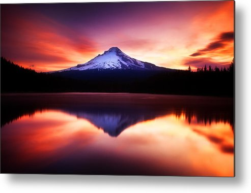 Trillium Lake Metal Print featuring the photograph Peaceful Morning On The Lake by Darren White