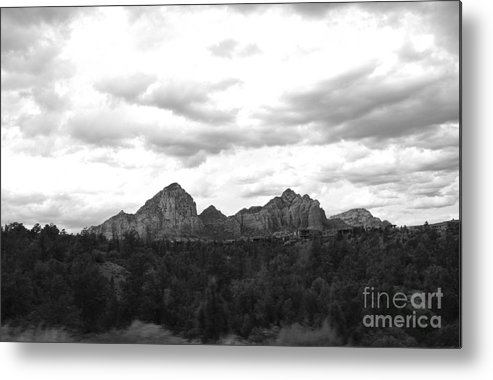 Metal Print featuring the photograph Sedonascape by Sharron Cuthbertson