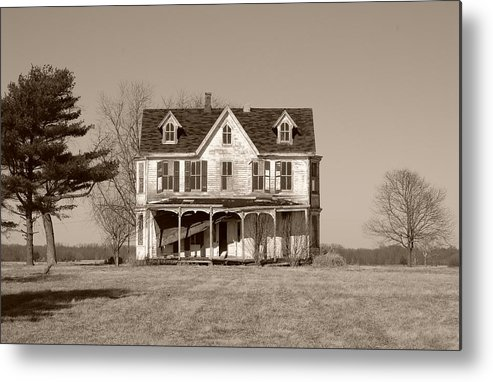Farmhouse Metal Print featuring the photograph Abandoned II by Richard Ortolano