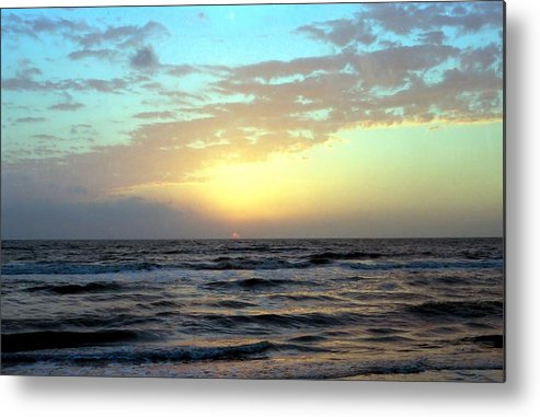Photography Metal Print featuring the photograph Sunset Blues by Lynnette Johns