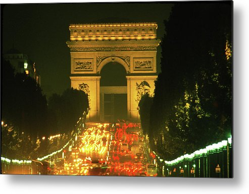 Arch Of Triumph Metal Print featuring the photograph Arc De Triomphe In Paris 2 by Carl Purcell