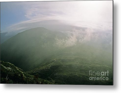 Appalachian Trail Metal Print featuring the photograph Appalachian Trail - White Mountains New Hampshire Usa by Erin Paul Donovan