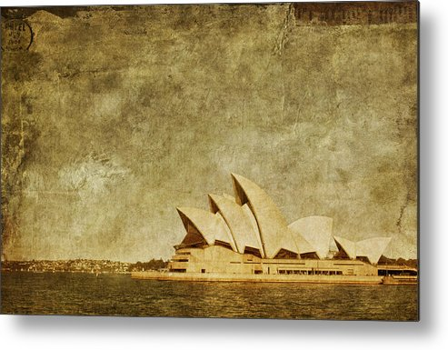 Sydney Metal Print featuring the photograph Guided Tour by Andrew Paranavitana