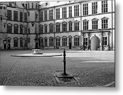 Hamlet's Castle Metal Print featuring the photograph Kronborg Castle Courtyard by Lee Santa