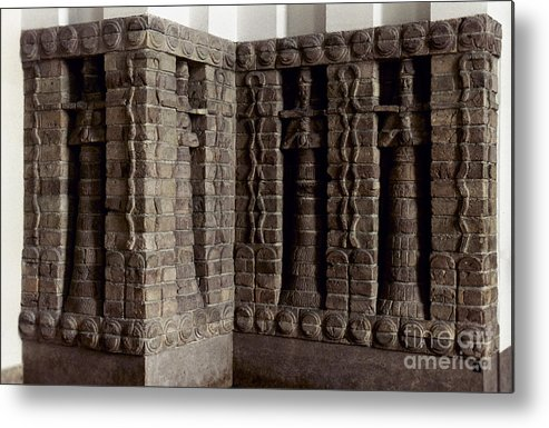 1400 B.c. Metal Print featuring the photograph Uruk: Innin Temple Facade by Granger