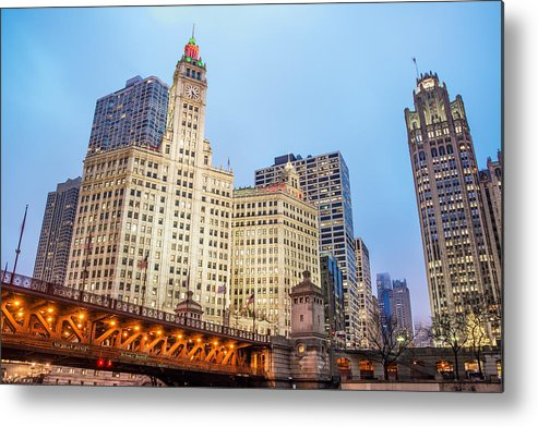 Architecture Metal Print featuring the photograph Downtown Chicago View by Jess Kraft