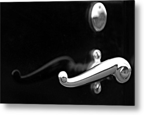 Black And White Metal Print featuring the photograph 1928 Rolls-royce Phantom 1 Door Handle Black And White by Jill Reger