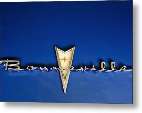 1959 Pontiac Bonneville Metal Print featuring the photograph 1959 Pontiac Bonneville Emblem by Jill Reger