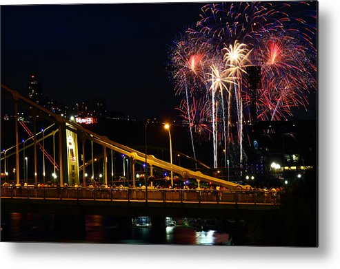 Pittsburgh Metal Print featuring the photograph July 4th Fireworks In Pittsburgh by Jetson Nguyen