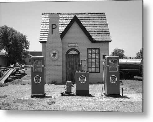 66 Metal Print featuring the photograph Route 66 - Phillips 66 Gas Station by Frank Romeo