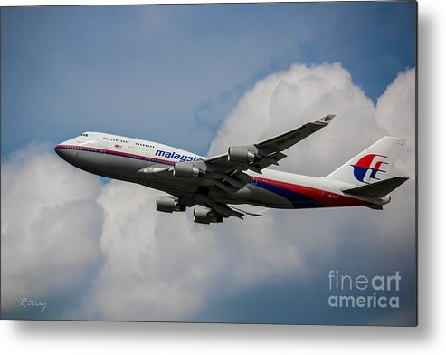 Air Malaysia Metal Print featuring the photograph Air Malaysia Boeing 747 by Rene Triay Photography