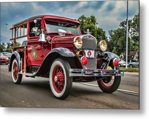 Antique Metal Print featuring the photograph Antique Fire Engine by Pat Eisenberger