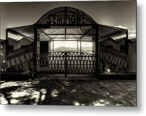 B&w Metal Print featuring the photograph Bagni Sempione by Roberto Pagani