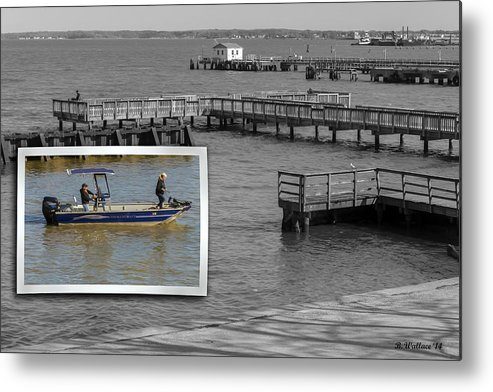 2d Metal Print featuring the photograph Coming In To Dock by Brian Wallace