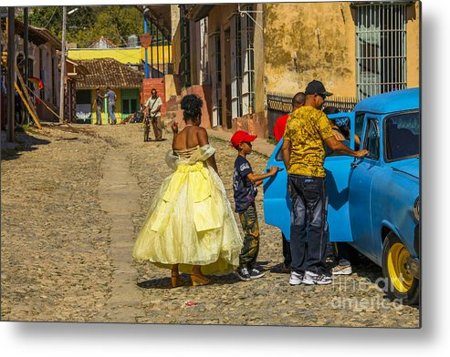 Cuba Metal Print featuring the photograph Cuba Wedding Party by Patricia Hofmeester