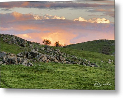 Sierra Foothills Metal Print featuring the photograph Eastern Skies At Sunset by Doug Holck