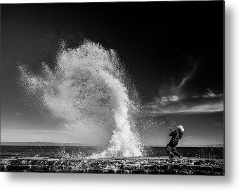 Splash Metal Print featuring the photograph Extreme Fishing by Vahid Varasteh