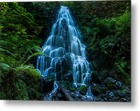 Waterfall Metal Print featuring the photograph Fairy Falls by Larry Goss